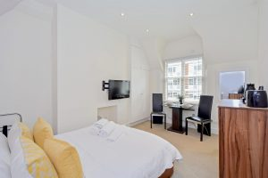 Bespoke Studio Apartment In Upmarket Belgravia