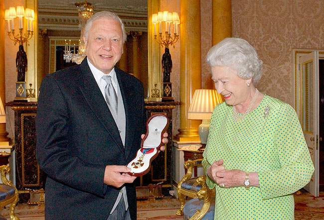 Queen shows funny side in conversation with Sir David Attenborough for ITV documentary – ITV News