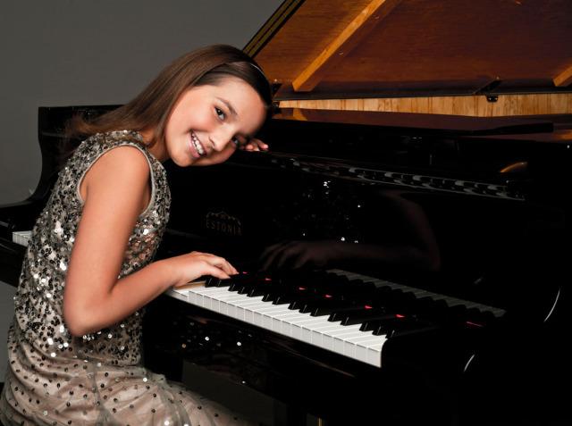 Former Kid Piano Prodigy Emily Bear Returns