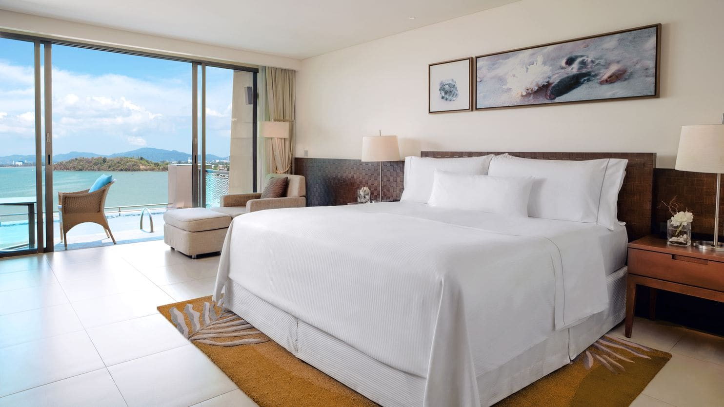 How to re-create the magic of an incredible hotel bed at home