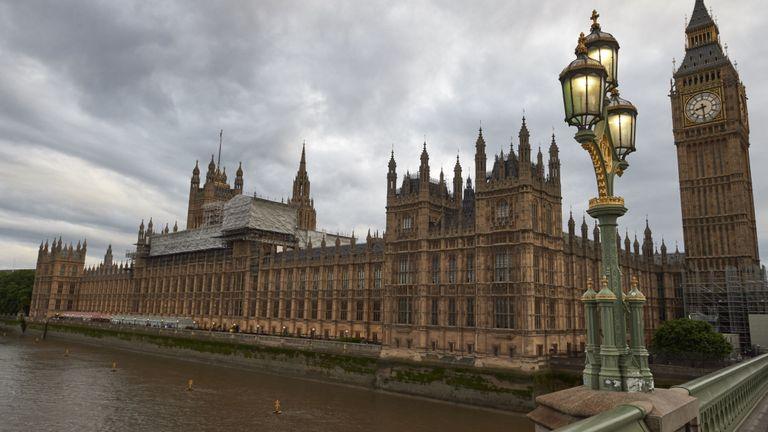 Brexit shock as Boris Johnson asks Queen to suspend Parliament, EU keeps its distance