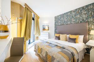 New & Modern Two Bedroom In Kensington